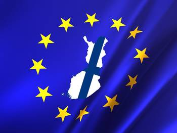 Original EU flag file is from Pixabay, Finland flag map is from Wikimedia Commons created by Stasyan117 (CC BY-SA 4.0).