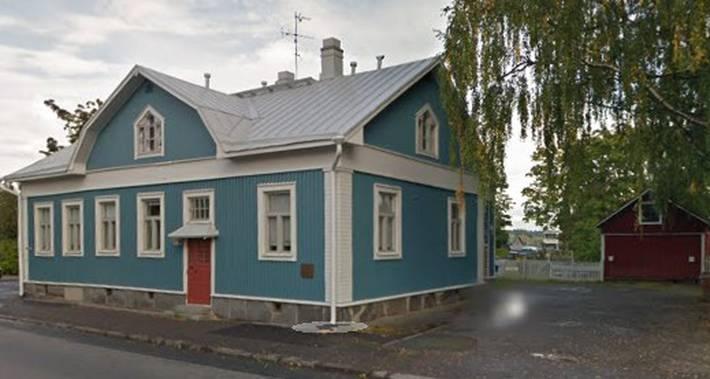 Muokattu kuva Googlen karttanäkymästä jossa näkyy Tenholan entinen suojeluskuntatalo